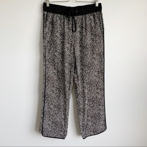 Marc by Marc Jacobs 100% Silk Reptile Pants Size M